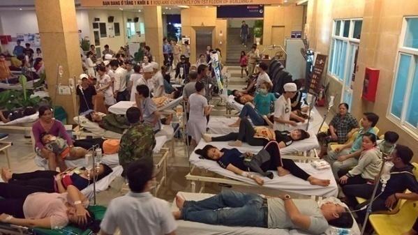 92 công nhân nhập viện, nghi ngộ độc thực phẩm