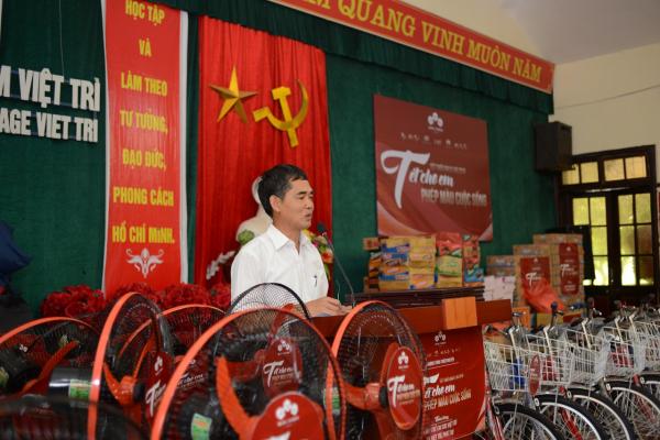 Ruby's World, Làng trẻ em SOS Việt Trì