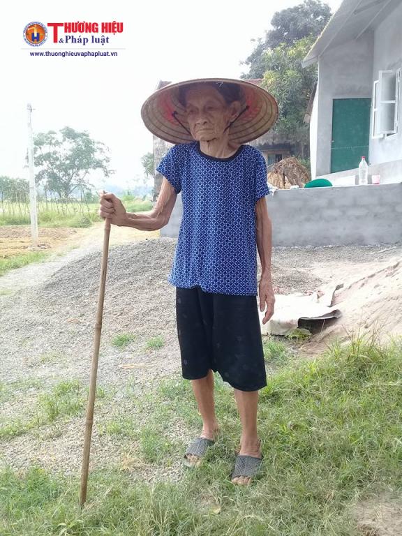 Cụ Nguyễn Thị Nhượng.