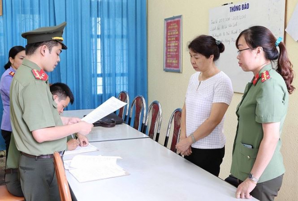 gian lận điểm thi ở Sơn La