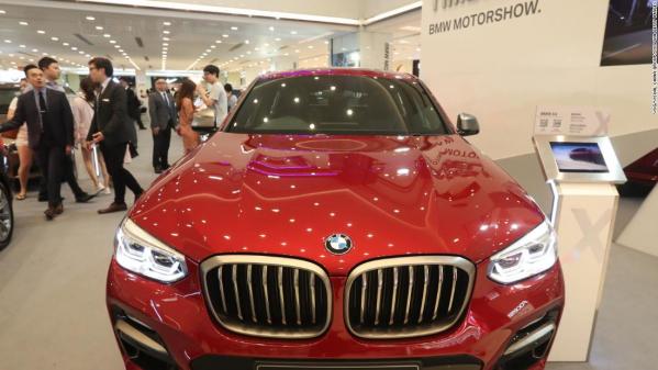 181011113711-bmw-x4-car-hk-motorshow-restricted-super-tease