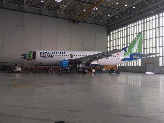 Hé lộ những hình ảnh đầu tiên của máy bay Bamboo Airways - Ảnh 1.