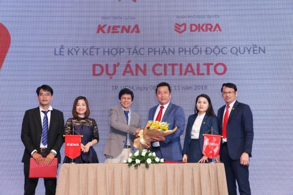 Công ty Cổ phần Kiến Á và Công ty Cổ phần DKRA Việt Nam thực hiện nghi thức ký kết hợp tác phân phối độc quyền dự án CitiAlto