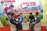 Áo thi đấu của cầu thủ Đỗ Duy Mạnh được bán đấu giá để làm từ thiện