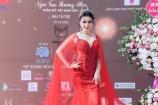Hoa hậu Doanh nhân Hoàn vũ Nguyễn Thị Diệu Thúy đẹp lộng lẫy, quyến rũ tại cuộc thi