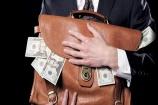 Sơn La: Nảy sinh lòng tham, tài xế đã 'cầm' 700 triệu của khách để quên