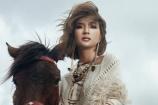 Kim Tuyến gia nhập đường đua mỹ nhân tóc ngắn gợi cảm V-biz