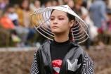 MC Phan Anh đi cổ vũ con gái lớn lần đầu làm vedette diễn thời trang
