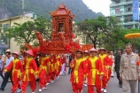 Hà Nội khai hội chùa Hương, mở hội Đền Sóc