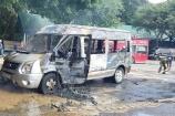 Đồng Nai: Xe khách 16 chỗ bốc cháy trơ khung khi đậu ở trạm dừng chân