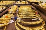 Giá vàng hôm nay 23/8: Vàng mất mốc 1.500 USD/ounce