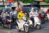 Bật đèn nhận diện xe máy: Sẽ không quy định 'cứng' thành quy tắc giao thông