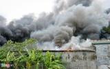 Hà Nội: Gara ôtô cạnh sân Mỹ Đình bốc cháy, nhiều xế hộp bị thiêu rụi