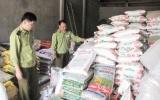 TPHCM: Tạm giữ hơn 9 tấn phân bón khô nhập lậu, vi phạm nhãn mác