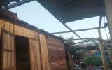Hương Khê, Hà Tĩnh: Lốc xoáy khiến hàng chục ngôi nhà tốc mái