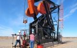 Giá dầu thế giới tăng hơn 1% do lo ngại thiếu cung