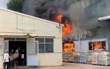 Bình Dương: Cháy lớn ở Công ty sản xuất gốm sứ