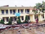Hàng trăm nghìn học sinh không thể đến trường khai giảng vì mưa lũ