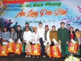 Chủ tịch UBND tỉnh Hà Tĩnh thăm, chúc Tết bà con dân tộc Chứt và Đồn Biên phòng Bản Giàng
