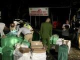 Thừa Thiên Huế: Phát hiện xe tải chở đầy hàng lậu trên Quốc lộ 1