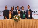 Vietcombank và FWD ký hợp tác phân phối bảo hiểm độc quyền 15 năm