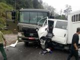 Xe chở phạm nhân gặp nạn, 6 người thương vong