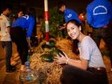 Á hậu Nguyễn Thị Loan mua 3,5 tấn dưa hấu ủng hộ bà con miền Trung