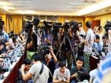 Nhà báo tác nghiệp, khi nào được coi là 'thi hành công vụ'?