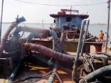 Nam Định: Bắt giữ tàu hút cát trái phép quy mô lớn trên biển