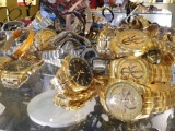 TP HCM: Tạm giữ hàng trăm chiếc đồng hồ nghi giả nhãn hiệu