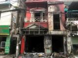 Ngôi nhà 4 tầng ở Hà Nội bỗng dưng phát hỏa, hai người bị thương