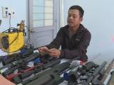 Bắt đối tượng chế tạo súng trái phép tại Đắk Lắk
