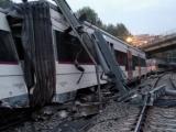 Lật tàu lửa chở khoảng 150 khách gần Barcelona
