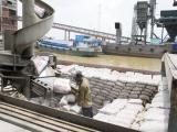 Xuất khẩu xi măng và clinker vượt mốc 1 tỷ USD