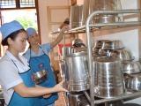 Hà Nội: Tăng cường kiểm tra các bếp ăn trường học