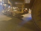 Thai phụ chạy xe máy bị xe tải tông trực diện, 3 người bị thương
