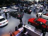 Doanh số bán hàng thị trường ô tô tháng 2 giảm 'sốc'