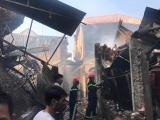 Cháy 8 xưởng sản xuất gỗ ở Hà Nội, hàng chục tỷ đồng hóa thành tro