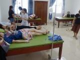 Thanh Hóa: Hàng chục du khách nhập viện cấp cứu sau khi ăn hải sản