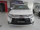 Mitsubishi Việt Nam triệu hồi Outlander do lỗi phanh đỗ phía sau