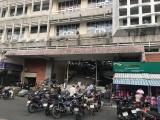 TP.HCM: Chợ xuống cấp, tiểu thương kêu cứu với bản hợp đồng mới