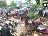 Ấn Độ: Sập tường do mưa lớn, 84 người thương vong