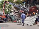 Hà Nội: Sập nhà ở phố Hàng Bông, chưa xác định số người thương vong