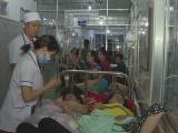 Đắk Lắk: Hàng trăm người nhập viện cấp cứu sau khi đi ăn đám cưới