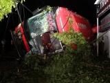 Đắk Lắk: Lật xe khách trong đêm, hàng chục người thương vong
