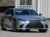 Lexus LS 500 bị triệu hồi vì sự cố lốp xe