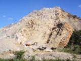 Quảng Trị: Tai nạn tại mỏ đá khiến 3 người thương vong