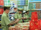 Hà Nội: Tiêu hủy hơn 1.700 chiếc bánh nướng không rõ nguồn gốc