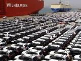 Ô tô nhập về Việt Nam giảm mạnh trong tháng 8