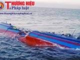 Quảng Bình: Tàu cá chìm 7 ngư dân gặp nạn trên biển